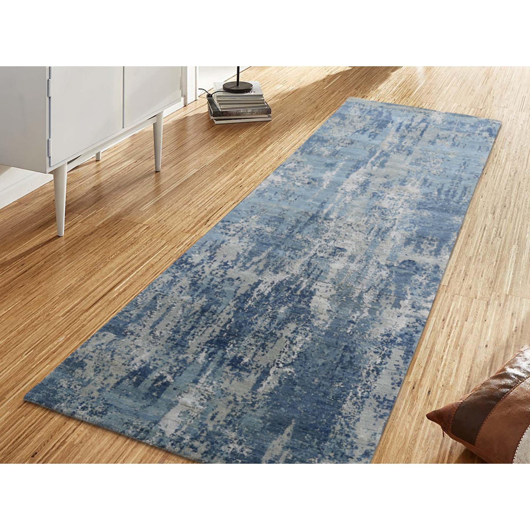 Picture of: 2 6 X8 3 Blue Gray Abstract Design Wool And Pure Silk Hand Woven Oriental Runner