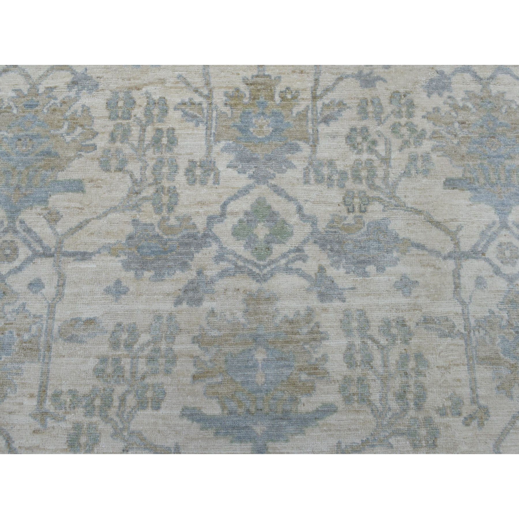 "7'10""x9'7"" Ivory Angora Oushak With Floral Motifs Pure Wool Hand Woven Oriental Rug"