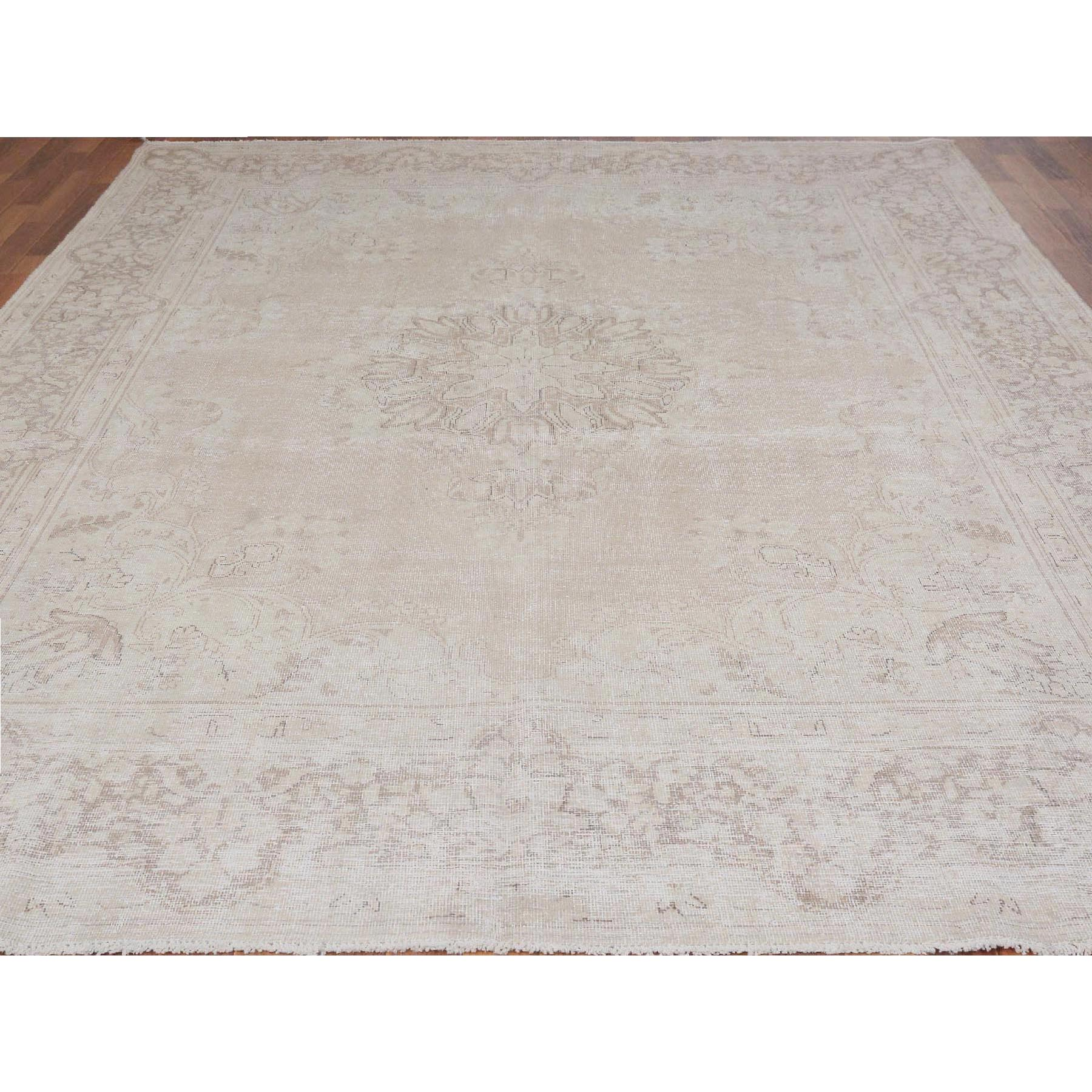 "8'9""x11'7"" White Vintage and Worn Down Persian Kerman Hand Woven Pure Wool Oriental Rug"