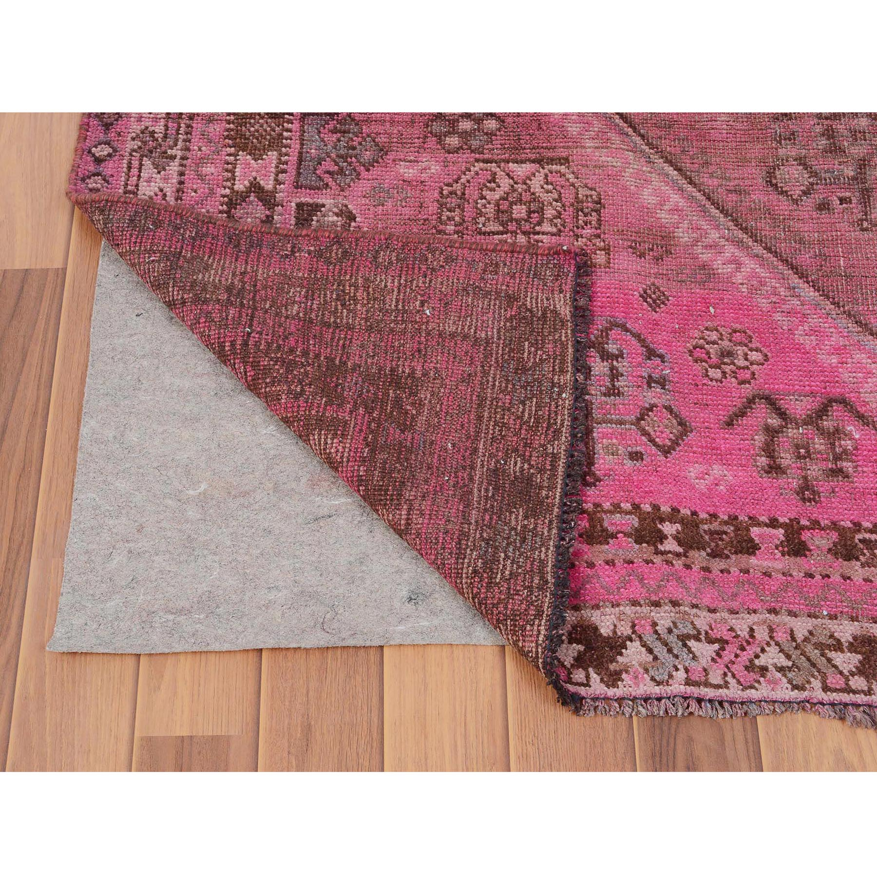 "5'4""x7'2"" Pink Vintage and Worn Down Persian Shiraz Hand Woven Pure Wool Oriental Rug"
