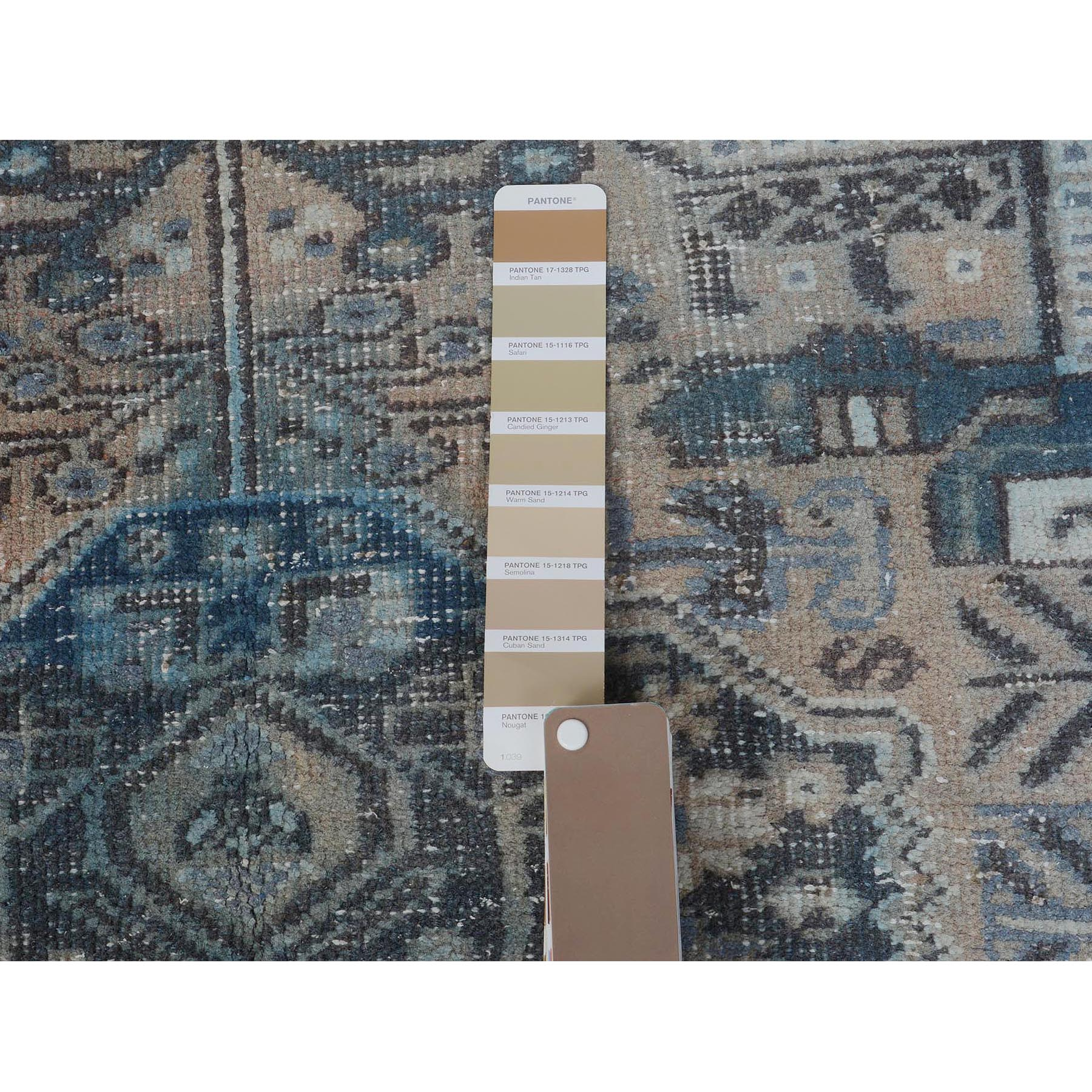 "3'3""x4'6"" Distressed Colors Vintage Persian Shiraz Worn Down Pure Wool Hand Woven Oriental Rug"